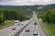 Les autoroutes sont durablement ancrées au cœur de la sphère publique